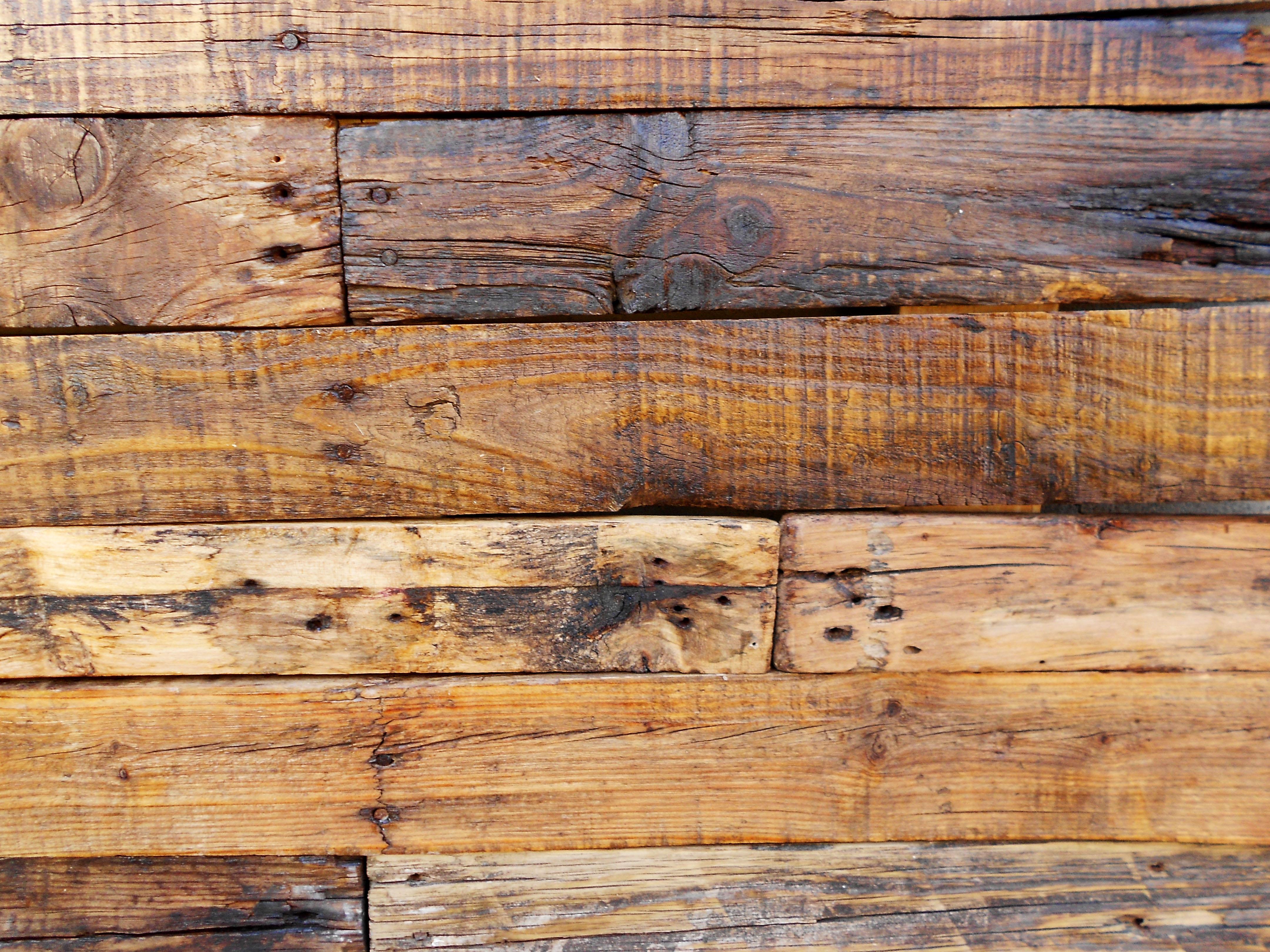 Cabecero cama r stico madera reciclada deskartes for Puertas con madera reciclada
